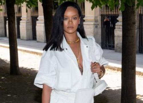 Rihanna: Becoming Curvy Changed Fashion Line