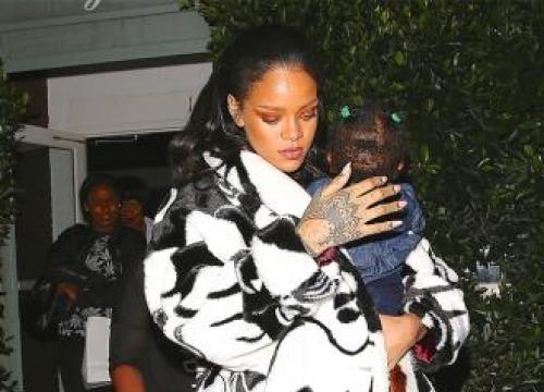 Rihanna designs a range of Flash Tattoos