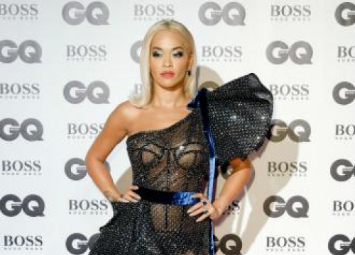 Rita Ora 'experimenting' With Makeup During Coronavirus Quarantine
