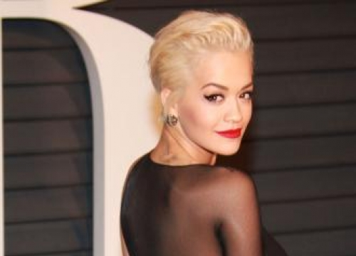 Jake Gyllenhaal 'has a lot of time' for Rita Ora