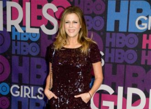 Rita Wilson undergoes double mastectomy for breast cancer