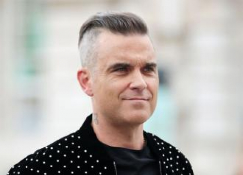 Robbie Williams Releasing New Single Before Christmas