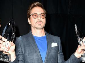 'The Big Bang Theory' And Robert Downey Jr. Sweep Up At People's Choice Awards [Photos]