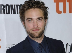 Robert Pattinson Is Engaged to Marry FKA Twigs