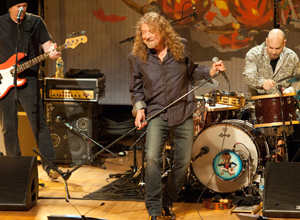 Robert Plant - Ramble On Ft. Patty Griffin [Live] Video