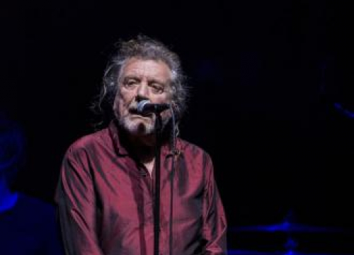 Robert Plant Wowed Royal Albert Hall With Chrissie Hynde Duets