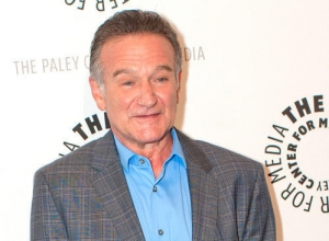 "The Daughter of Robin Williams, Zelda, Opens Up About Father's Suicide For First Time: ""There's No Point Questioning It"""