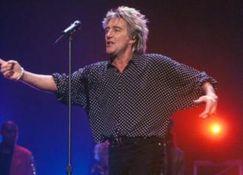 Rod Stewart Used Witch Doctor When He 'Had The Runs'