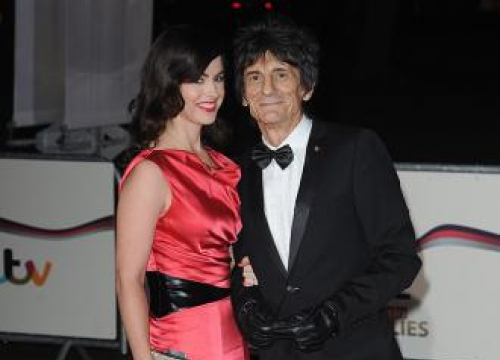 Ronnie Wood Undergoes Successful Surgery