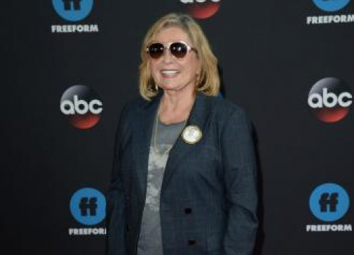 Abc Urged Roseanne Barr To Leave Twitter