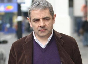 Rowan Atkinson Sells McLaren F1 Supercar for £8 Million