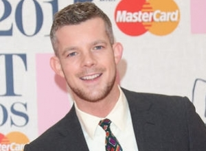 "Russell Tovey Sorry for Suggesting Drama Students ""Prance Around"""