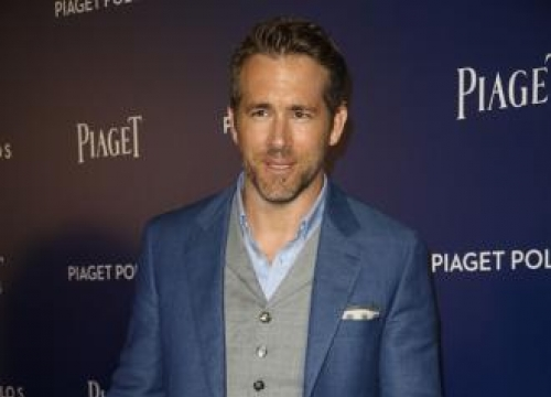 Deadpool Director Leaves Over 'Creative Differences' With Ryan Reynolds
