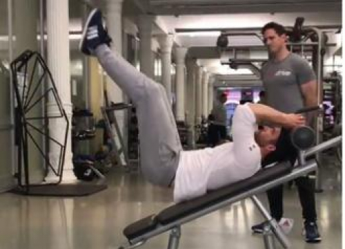 Ryan Reynolds Hits Gym Ahead Of Deadpool 2