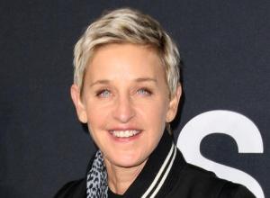 Ellen Degeneres Reveals Dislocated Finger After 'Saving' Wine Spill
