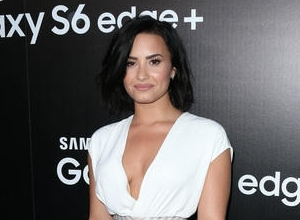 Demi Lovato Reveals 'Confident' Album'S Track List With Help From 11 Celebrity Friends