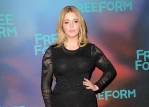 Sasha Pieterse Loses 37 Lbs On Dancing With The Stars