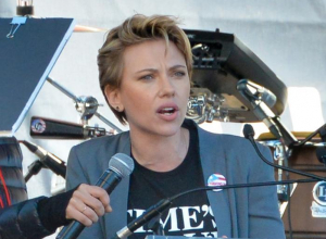 Scarlett Johansson Blasts James Franco In Impassioned Women's March Speech