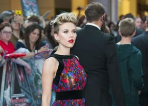 Scarlett Johansson: It's hard for actors and actresses to marry