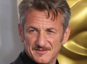 Sean Penn Will Not Apologize For 'Green Card' Joke At Oscars 2015