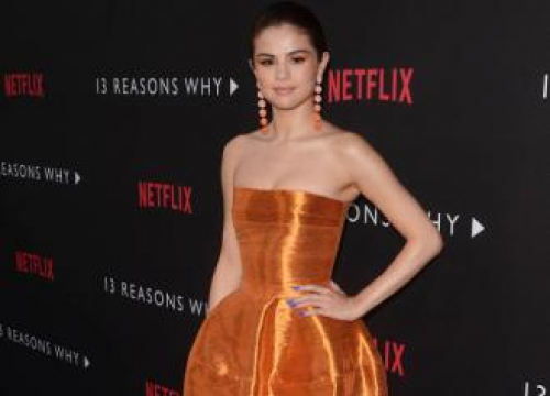 Selena Gomez Praises Katherine Langford On Golden Globe Nomination