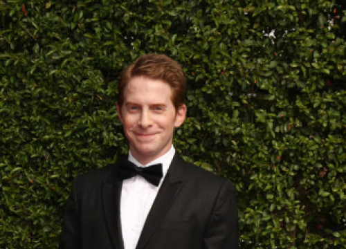 Seth Green Inspired By Danny Devito For Howard The Duck Voice