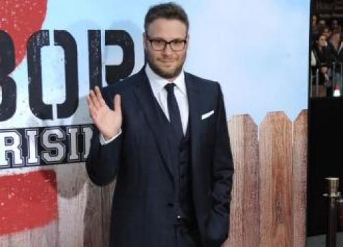 Seth Rogen And Billy Eichner Are Lion King's Timon And Pumbaa