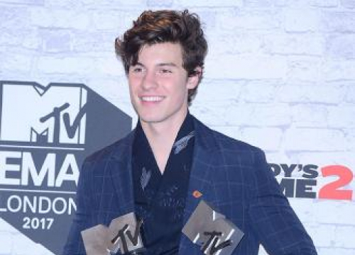 Shawn Mendes Thinks Fans Embrace Everything