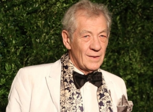 Ian McKellen to Play Cogsworth in 'Beauty and the Beast'