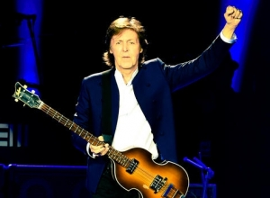 Paul McCartney Plays Hit Packed Three Hour Set At London's O2 Arena