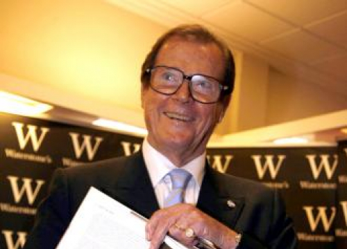 Peta Pays Tribute To Sir Roger Moore