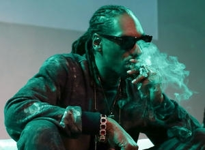 "Snoop Dogg In Trouble After Branding Caitlyn Jenner A ""Science Project"""