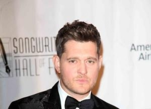 Michael Buble's Wife Pregnant