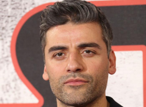Oscar Isaac Could Voice Gomez In Animated 'Addams Family' Movie
