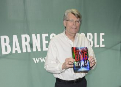 Alex Ross Perry Adapting Stephen King's Rest Stop