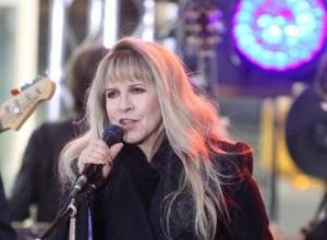 Stevie Nicks burned hole in nose?