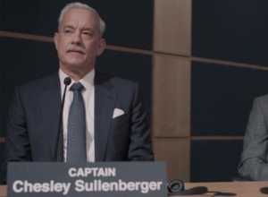 tom hanks sully impresses critics but not ntsb investigators