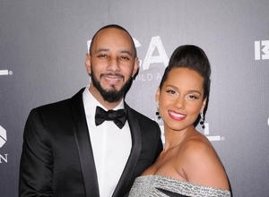 Alicia Keys Shares Adorable Family Photo With New Baby Genesis - Take A Look!