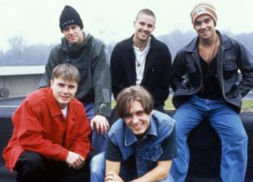 Robbie Williams Up For Take That Reunion With Jason Orange