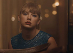 Taylor Swift - Delicate Video