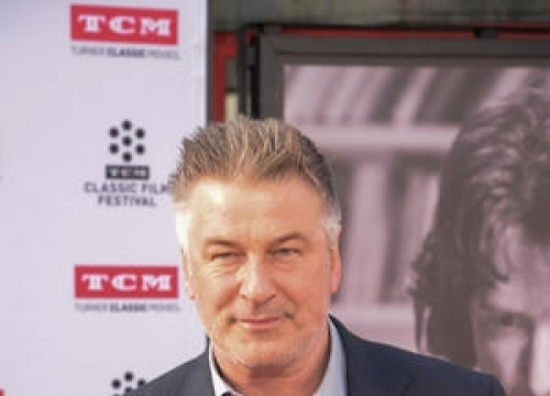 Art Gallery Owner Dodges Alec Baldwin's Counterfeit Allegations