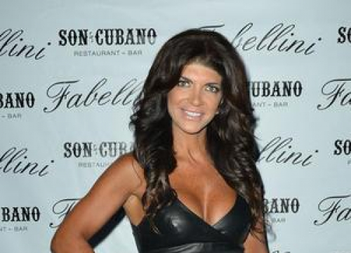 Real Housewife Teresa Giudice Set To Enter Prison After Extended Holiday With Her Family
