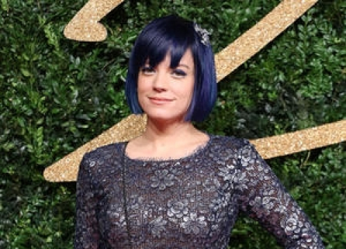 Lily Allen Safe After Italy Earthquake