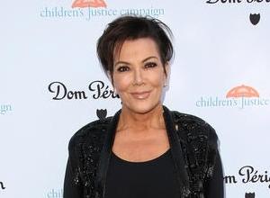 "Kris Jenner On David Schwimmer In His Role As Robert Kardashian: ""I think David Has Robert Down Pat"""