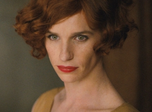 First Look At Eddie Redmayne In Lipstick For Transgender Biopic 'The Danish Girl' [Picture]