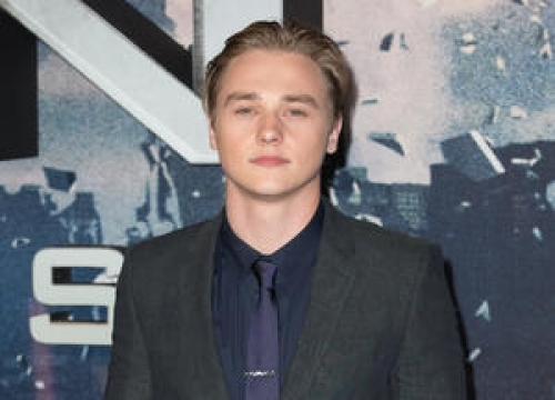 X-men: Apocalypse's Ben Hardy Cast In The Woman In White Adaptation