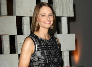Jodie Foster Tells Anti-travel Ban Rally:
