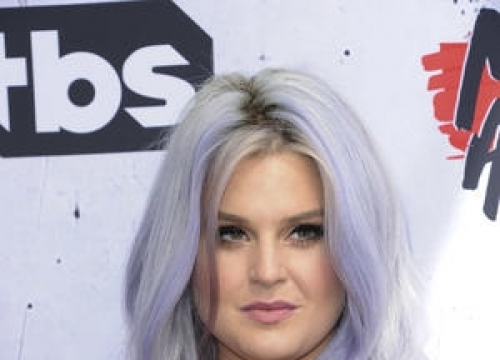 Kelly Osbourne Posts Number For Father's Mistress On Twitter