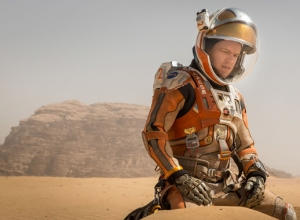 See Matt Damon Get Left Behind On Mars In First Look At 'The Martian' [Trailer + Pictures]