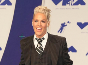 Pink's Powerful Snl Performance Of 'What About Us' And 'Beautiful Trauma'